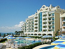 Photo of Alpha Sunset Resort ApartHotel in Pomorie, Bulgaria